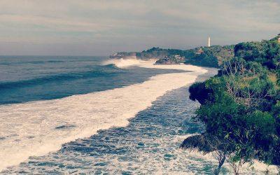 Pantai Ngolang