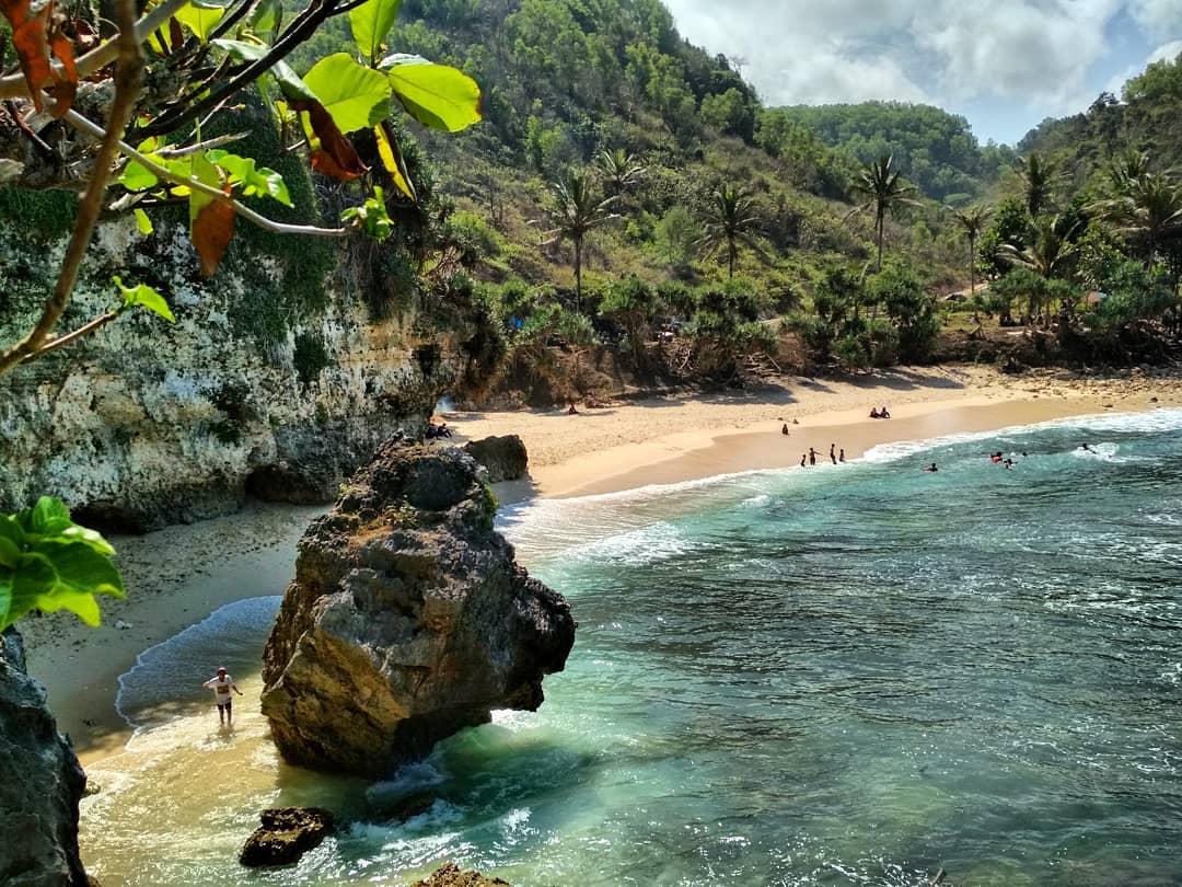 Pantai Krokoh